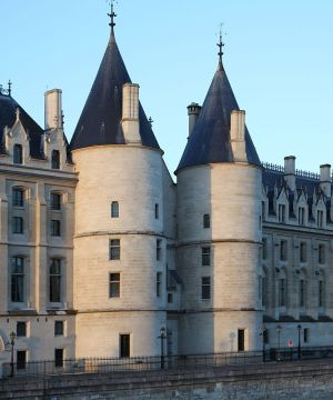 La Conciergerie Paris - Crédit photo Wikimedia Commons MarcJP46
