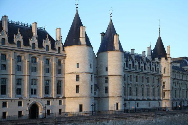 La Conciergerie Paris - Crédit photo Wikimedia Commons MarcJP46