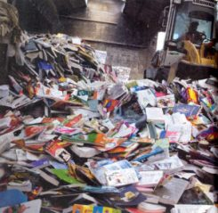 Pilon destruction de livres