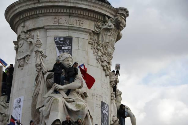 #JeSuisCharlie - Place de la Répubique - Manifestation Paris 11 janvier 2015 - Photo Mitra Etemad - Tous droits réservés / Reproduction interdite.