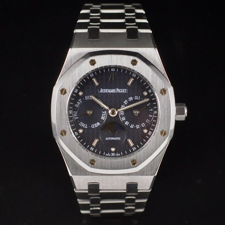 AUDEMARS PIGUET ROYAL OAK REF. 25594ST DAY-DATE MOON PHASE
