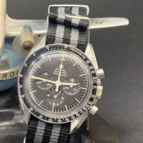 OMEGA SPEEDMASTER PRE MOON REF. 145.022. Dot Over 90. Circa 1969.