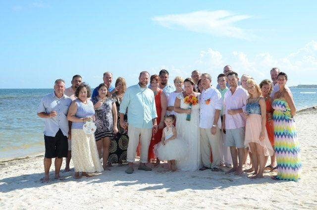 Mexico-wedding-party