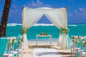Luxury-Bahia-Principe-Samana-Beach-Wedding-Set-Up