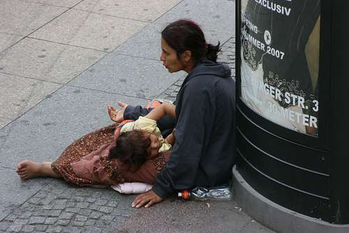 Romanian beggars in the Scandinavian countries make more ...