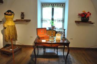obiecte ce au apartinut Mariei Tanase - Colectia Muzeul Olteniei 1
