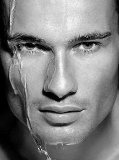 """El modelo Adam Gates, Caelen McCabe en el último libro de la trilogía de Maya Banks, """"Nunca te enamores de tu enemigo"""""""