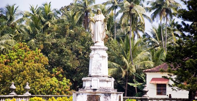 Old Goa Statue