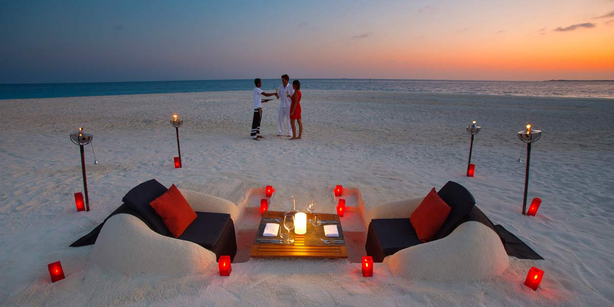 Couples Most Romantic Place Earth