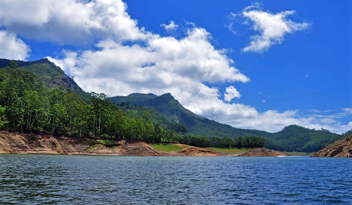 Mattupetty Dam Lake in Munnar