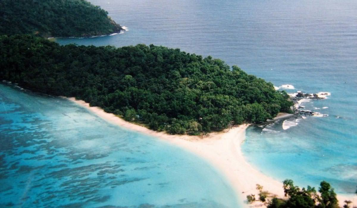 Ross and Smith Islands in Andaman