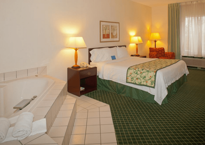 A king guest room with a Jacuzzi in Fairfield Inn & Suites Streetsboro, near Cleveland, OH