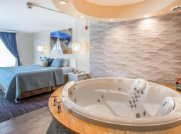 hotels in New Jersey with Jacuzzi in room