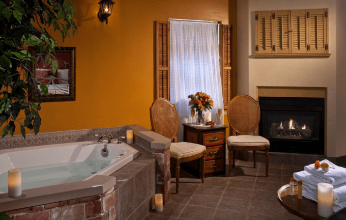 Suite with Jacuzzi and Fireplace in Castle in the Country Bed & Breakfast Inn, Allegan, MI