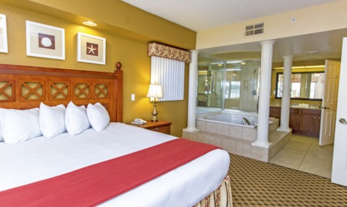 Suite with in-room jetted tub in Westgate Lake Resort & Spa, Orlando, FL