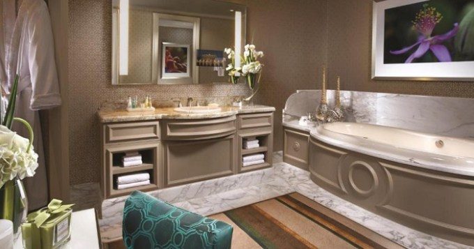 Penthouse suite with whirlpool tub in Bellagio Las Vegas Hotel