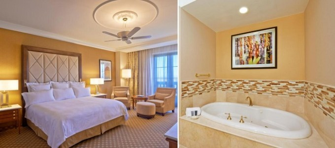 Room with hot tub in JW Marriott Las Vegas Resort and Spa Hotel