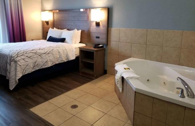 king suite with whirlpool tub in the room in Best Western Plus San Antonio East Inn & Suites hotel