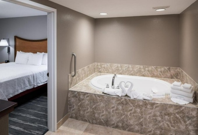 Suite with Whirlpool in the room in Hampton Inn & Suites Chicago North Shore, IL