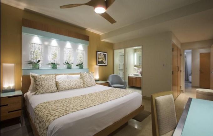 Suite in the beach resort Santa Maria Suites Resort, Key West, FL