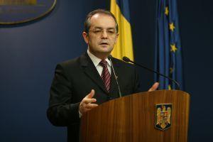 Guvernul Boc cade sub moţiunea de cenzură aprobată de PSD şi PNL