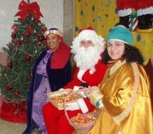 Moş Crăciun i-a vizitat şi pe copiii din Coslada