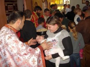 """350 de români la Hramul Bisericii """"Sfântul Nicolae"""" din Castellon"""