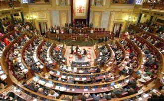 """Popularii spanioli il """"copiaza"""" pe Basescu"""