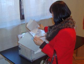 Spania, ora 14: Au votat mai multi romani decat la alegerile din 2008