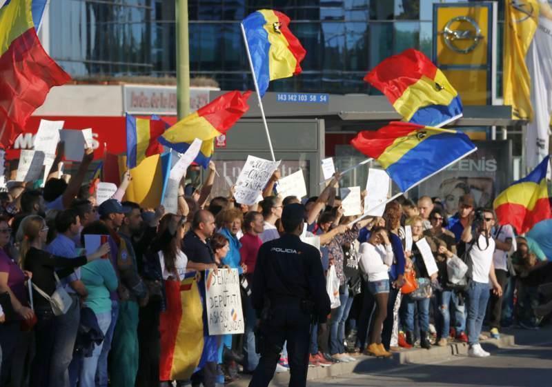 Editorial: Cum a profitat USR PLUS de românii din diaspora