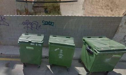 Români acuzați că și-au aruncat copilul la gunoi