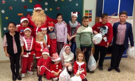 Elevii români din Alcalá de Henares la serbarea de Crăciun