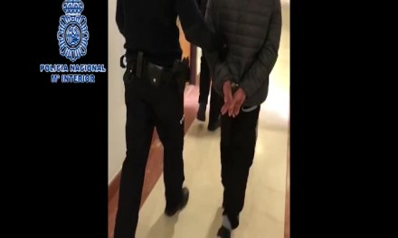 VIDEO: Proxeneți români luați pe sus de poliția spaniolă