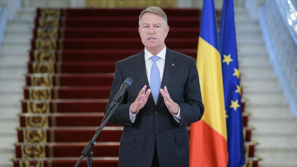 România relaxează restricțiile și redeschide traficul internațional