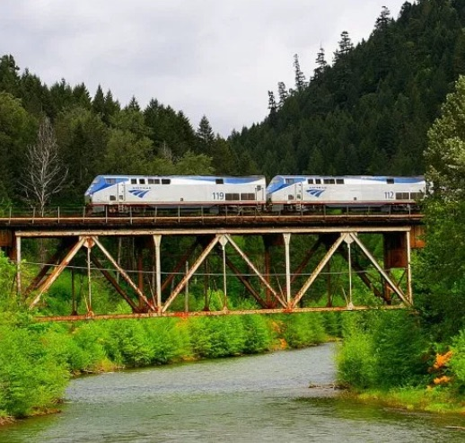 Amtrak Coast Starlight Offers Stunning Views Of The: USA Train Travel With Amtrak