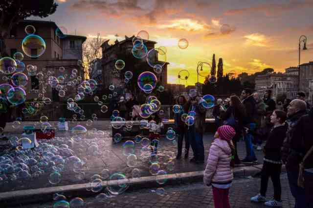 au pairing in Rome: how to become an au pair and find a host family