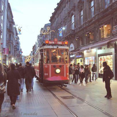 istanbul_taksim_by_tuna_han-d3ecf9m