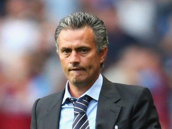 Hasil gambar untuk mourinho new haircut