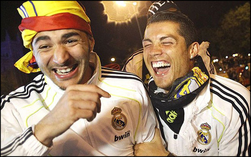 https://i1.wp.com/www.ronaldo7.net/news/2014/03/806-benzema-and-cristiano-ronaldo-having-a-laugh.jpg