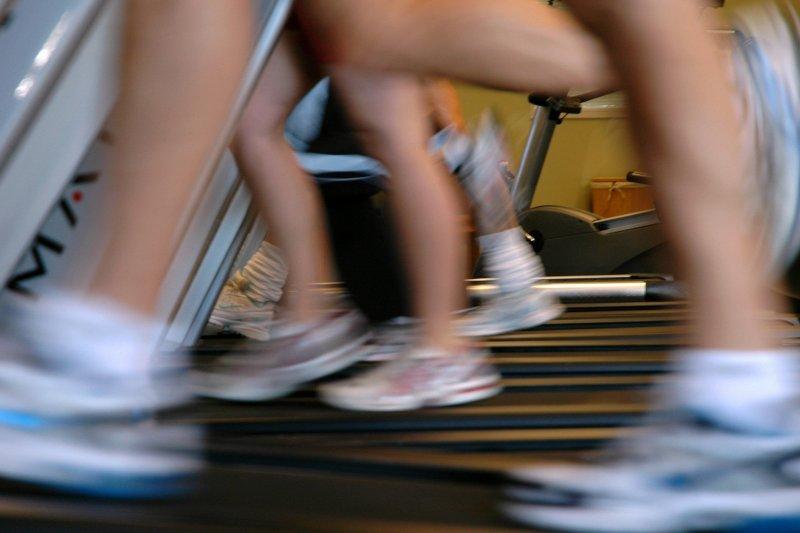 Feet blur on treadmills as joggers find their rhythm