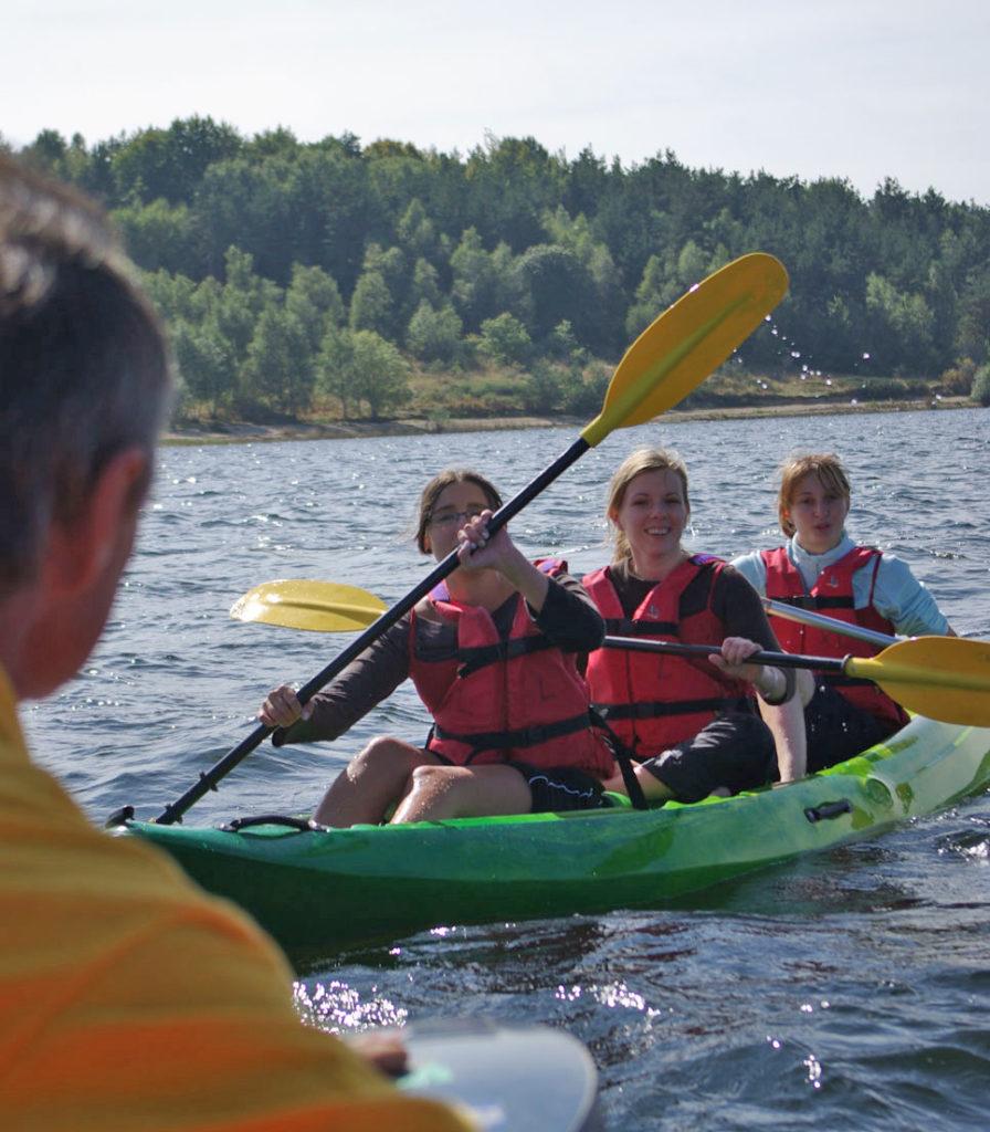 Canoe lac de naussac 48 langogne lozere canoe