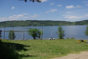 lac de naussac location planche à voile