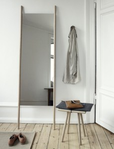 Georg Stool and mirror