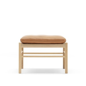 OW149-F Colonial Ottoman Ole Wanscher for