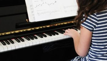 Children with the Auditory Communication Style