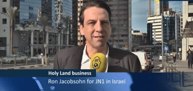 Ron Jacobsohn meets Israeli and Palestinians who dare to go down to business
