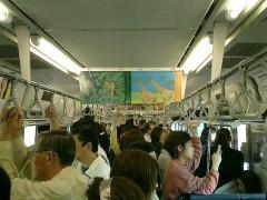 ある電車内にて(イメージ)