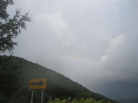 突然の雨と虹