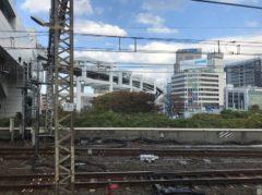 モノレールの軌道が見えた来たら千葉駅