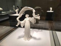ダンサーNo.13(テーブルセンターピース「スカーフダンス」より)/アガトン・レオナール
